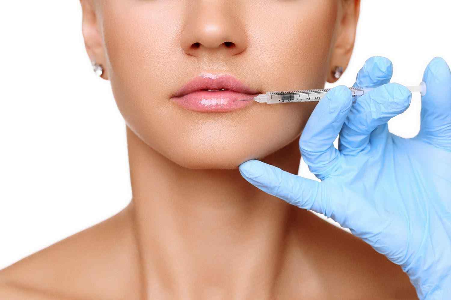 https://drcotrufo.co.uk/wp-content/uploads/2017/08/cosmetic-surgery-blog-15.jpg
